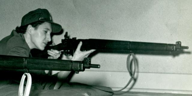 Mom and gun169